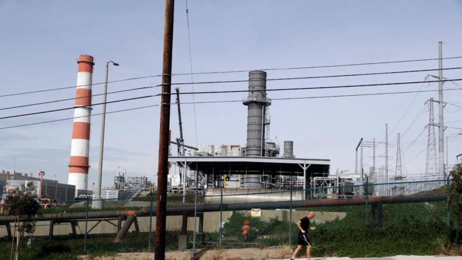 """""""Durante los últimos años, la administración de Trump ha promovido una agenda de infraestructura que ignora por completo a los trabajadores y su bienestar general"""". Crédito: Marcio Jose Sanchez/AP"""